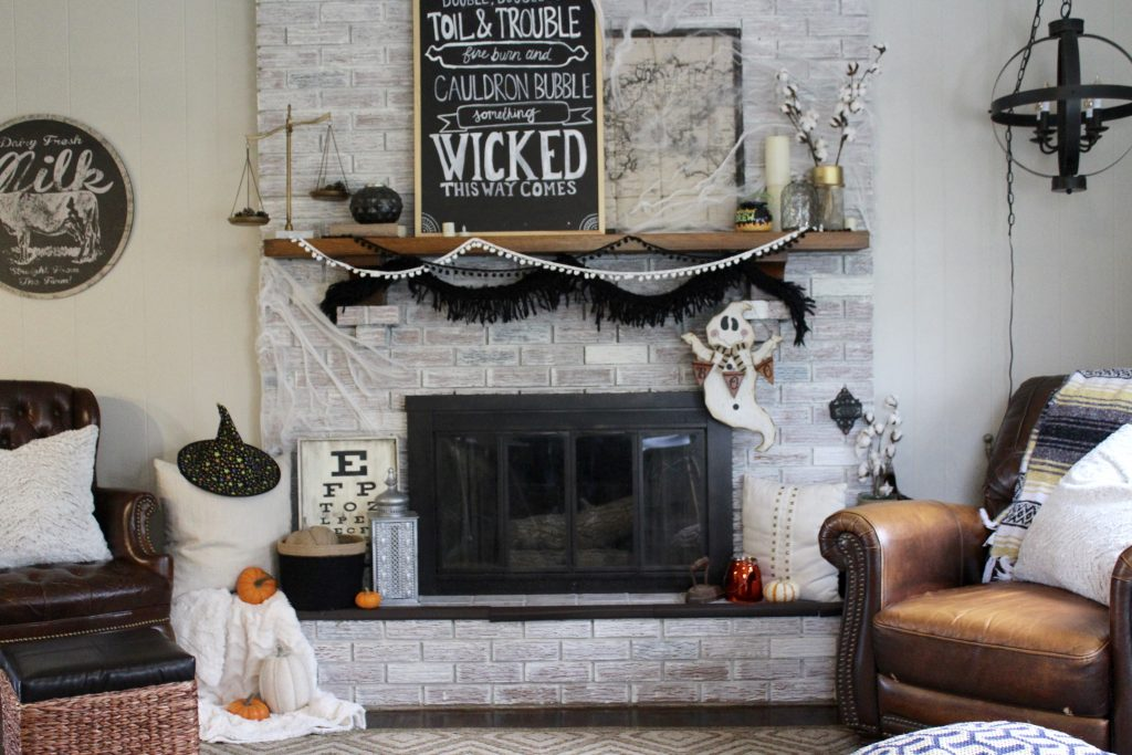 A Halloween Themed Fireplace