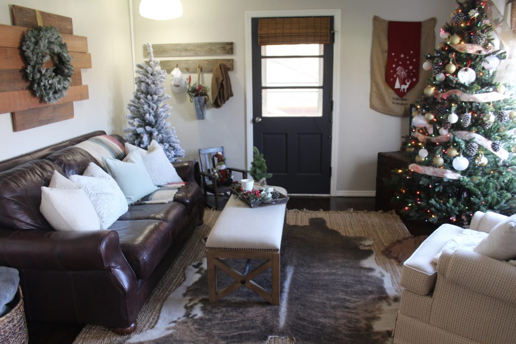 Cozy farmhouse Christmas living room via Life on Shady Lane blog