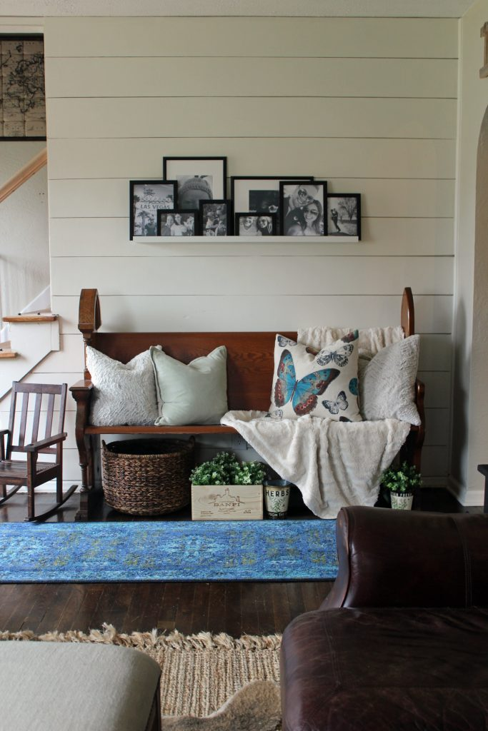 A pop of blue, modern farmhouse entryway via Life on Shady Lane blog