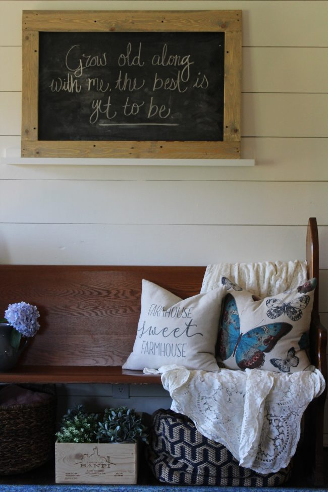 A DIY pallet wood framed chalkboard - inexpensive and simple way to make over a cheap chalkboard! #diy #project