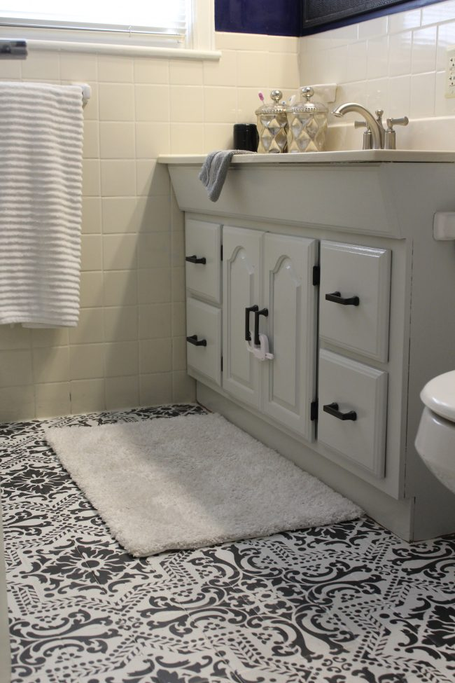 A painted bathroom vanity makeover: before and after!