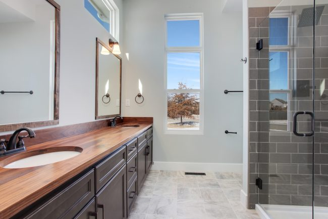 Modern farmhouse home with neutral paint colors, shiplap, and a kitchen that dreams are made of // A new home for sale in the Kansas City, Missouri area