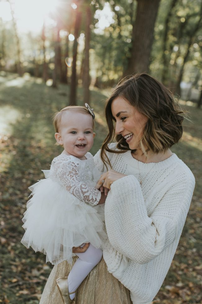 Holiday Family Photo Outfit Ideas Life On Shady Lane