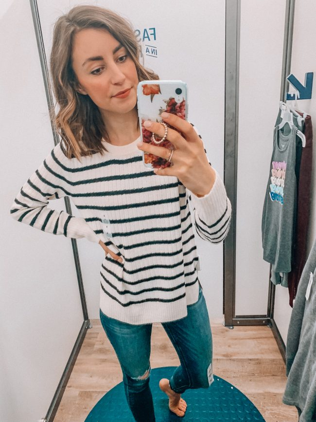 Casual winter outfit | Kansas City life, home, and style blogger Megan Wilson shares an Old Navy try on session from January 2019 | #casualstyle #winterfashion