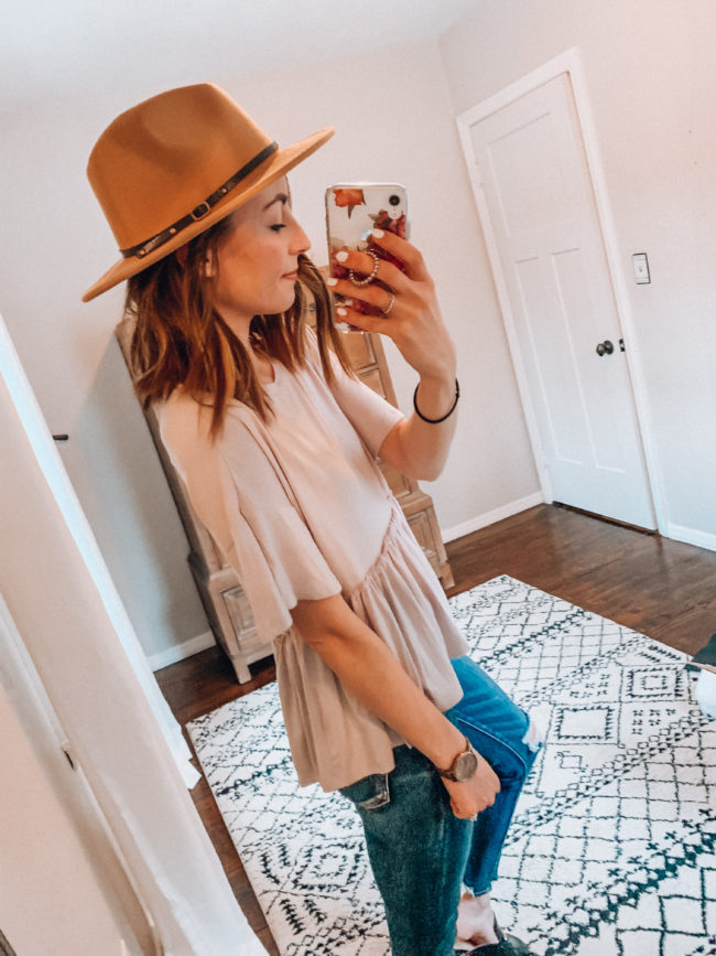 Winter and spring fashion / Kansas City life, home, and style blogger Megan Wilson shares her Amazon Finds - January | Week 2 - Affordable cute style that's fun and won't break the bank! #amazon