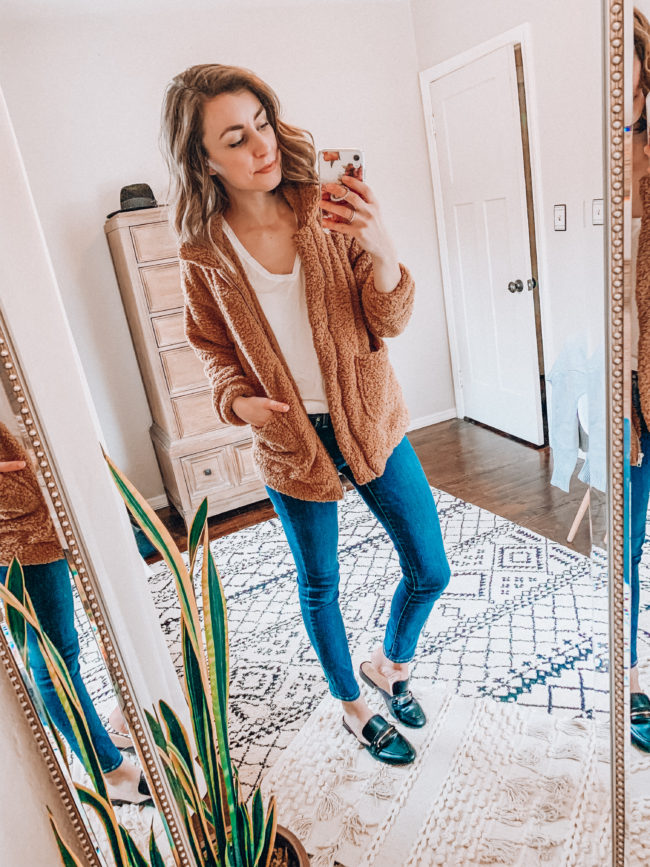 Teddy bear jacket and jeans / Casual winter fashion. Kansas City life, home, and style blogger Megan Wilson shares her Amazon Finds - January | Week 3 - Affordable cute style that's fun and won't break the bank! #amazon #amazonfashion #amazonclothes