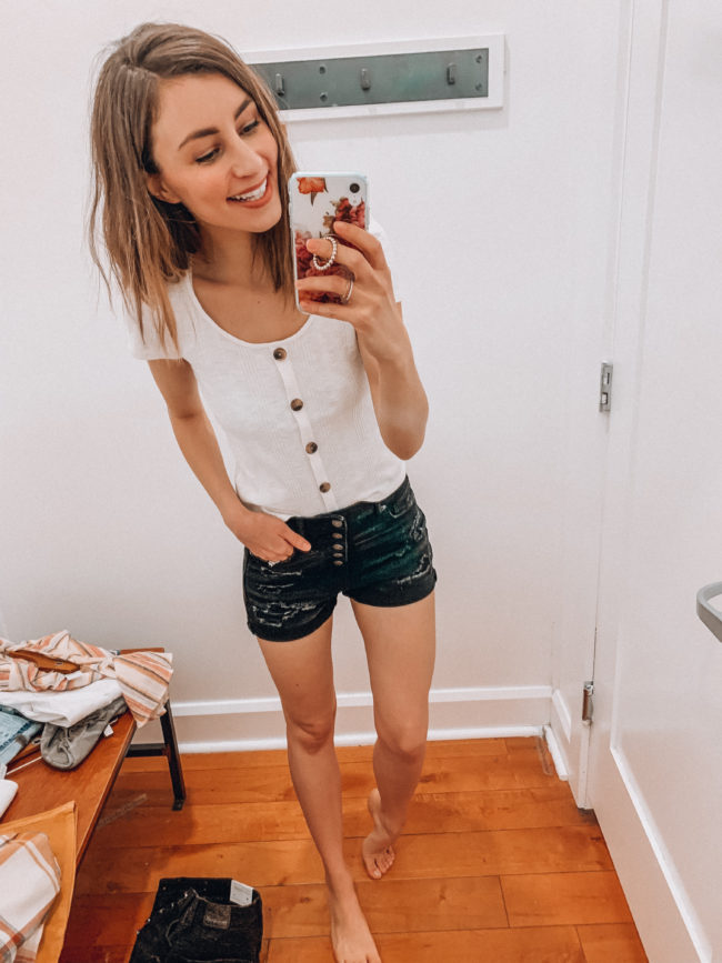 Casual spring and summer style, Distressed black shorts and a white tee, spring and summer outfits | Kansas City life, home, and style blogger Megan Wilson shares an  American Eagle try-on | March | Life on Shady Lane // @shadylaneblog