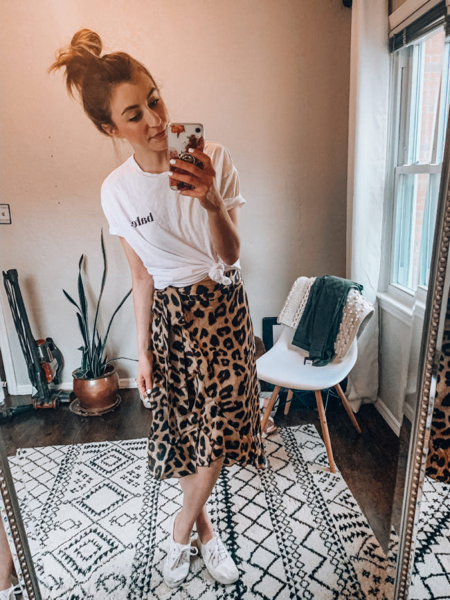 Leopard print skirt and a white knotted tee shirt | Casual everyday spring and summer fashion. Kansas City life, home, and style blogger Megan Wilson shares her Amazon Finds - April - Affordable cute style that's fun and won't break the bank! #amazon #amazonfashion #amazonclothes #amazonfinds #leopard #leopardprint