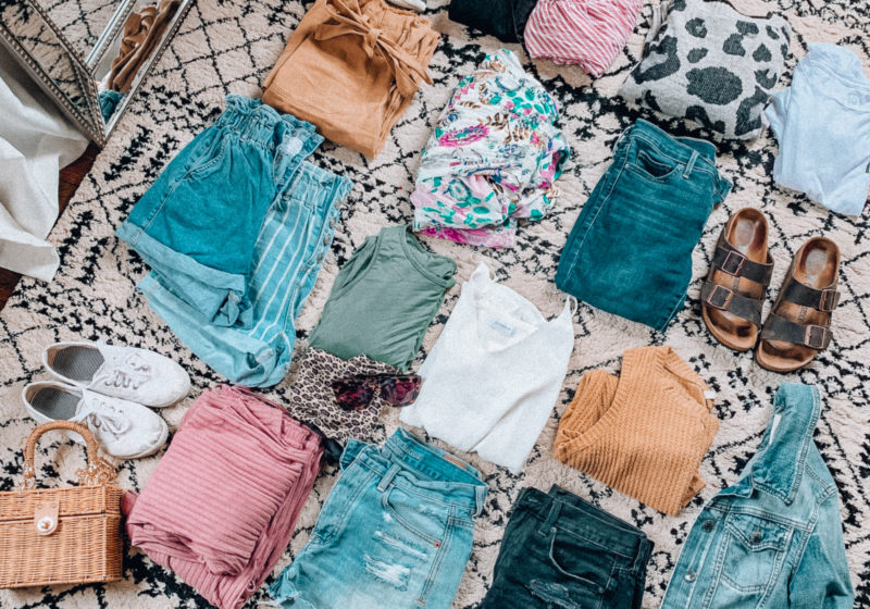 Vacation PACKING GUIDE - what I packed for a one week trip to San Antonio | Kansas City life, home, and style blogger Megan Wilson shares all of the items she packed for a one week spring break trip | What to pack for a one week spring break trip | spring and summer outfits | lifeonshadylane.com | @shadylaneblog on IG
