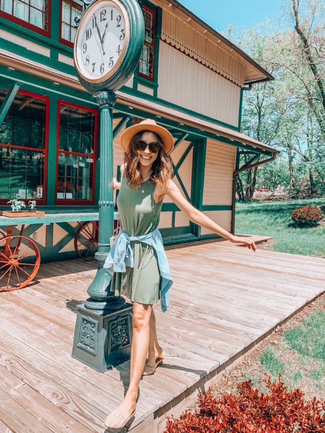 Green tank dress, chambray shirt, and hat outfit || Casual spring and summer style || Chicago & Alton Railroad Depot in Independence, Missouri || Kansas City life, home, and style Blogger Megan Wilson shares a staycation trip to Independence, Missouri! #lovethesquare #staycation #visitmissouri