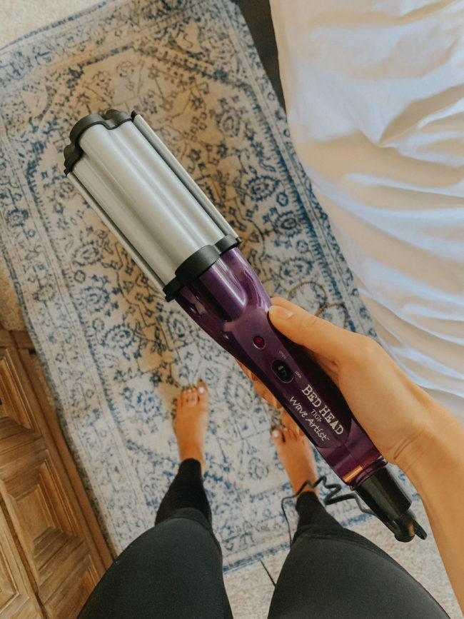 Hair Waver || My current favorites from the month of AUGUST || Kansas City life, home, and style blogger Megan Wilson shares some of her favorite beauty products, clothing, etc. from the month of August