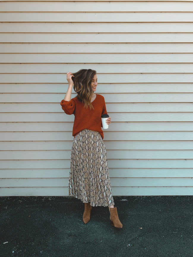 5 Ways to Wear a Snakeskin Print Skirt this Fall || Kansas City life, home, and style blogger Megan Wilson shares 5 different ways to wear a snakeskin skirt for fall