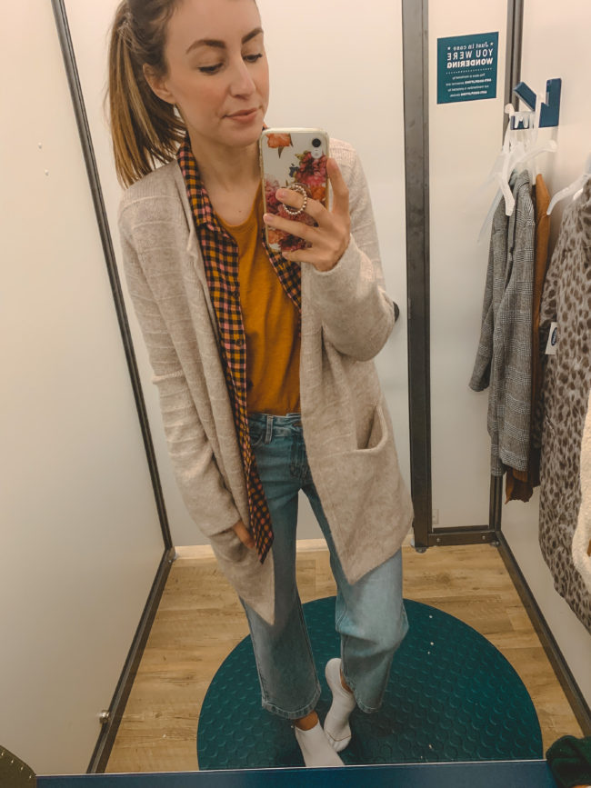 Casual fall looks from Old Navy! || Everyday casual outfits for fall || Kansas City life, home, and style blogger Megan Wilson shares an Old Navy try-on