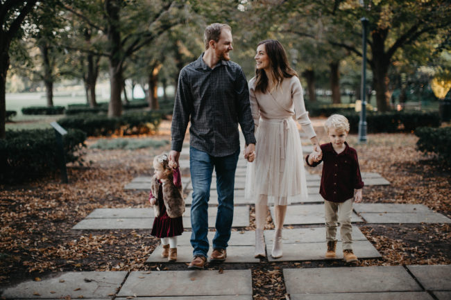 What to wear for fall and holiday family pictures | Plus, tips to ensure your photos turn out great, every time! | Kansas City life, home, and style blogger Megan Wilson shares outfit ideas for the whole family