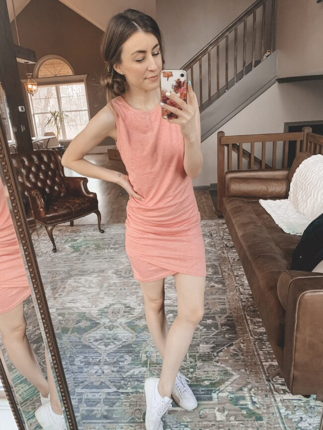 Sleevless pink bodycon dress with ruching from Amazon || Casual style from AMAZON! || Kansas City life, home, and style blogger Megan Wilson shares her February Amazon Finds