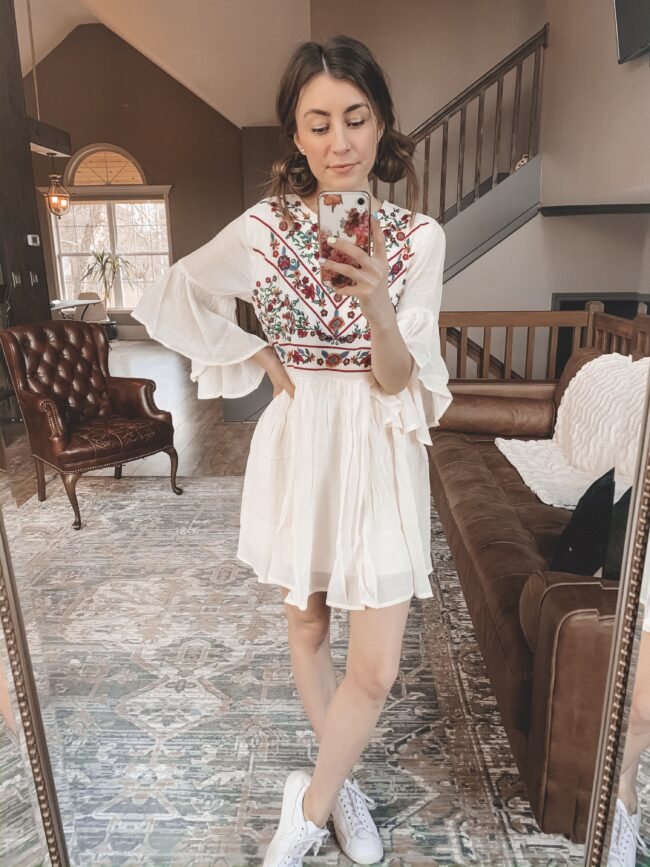 Boho style dress and white sneakers || Casual spring style from AMAZON! || Kansas City life, home, and style blogger Megan Wilson shares her February Amazon Finds