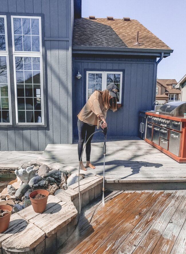 Deck makeover on a budget // How to DIY your way to a beautiful, restored deck! || Kansas City life, home, and style blogger Megan Wilson shares a before and after of her easy deck makeover