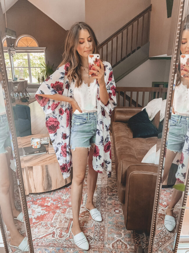 Denim shorts, white lace trim cami, and kimono outfit || 6 ways to style denim shorts this summer - they're so versatile and go with everything! Which is your favorite denim shorts outfit? || Kansas City life, home, and style blogger Megan Wilson