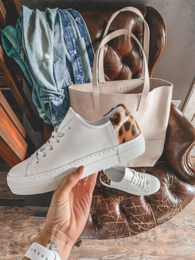 White sneakers for fall with cheetah accent | @shadylaneblog shares the casual summer outfits you may have missed from Instagram in July