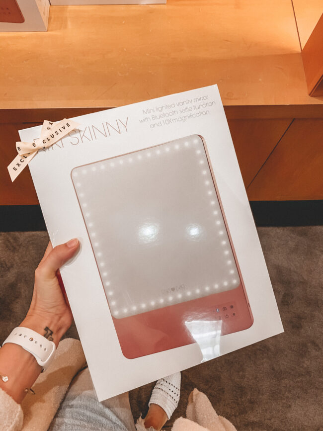 RIKI skinny lighted mirror | Nordstrom Anniversary Sale 2020 try-on haul and shopping guide | @shadylaneblog