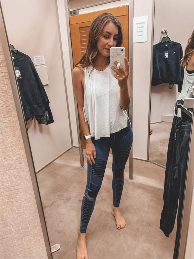 workout outfit, ALO leggings and Zella workout top | Nordstrom Anniversary Sale 2020 try-on haul and shopping guide | @shadylaneblog