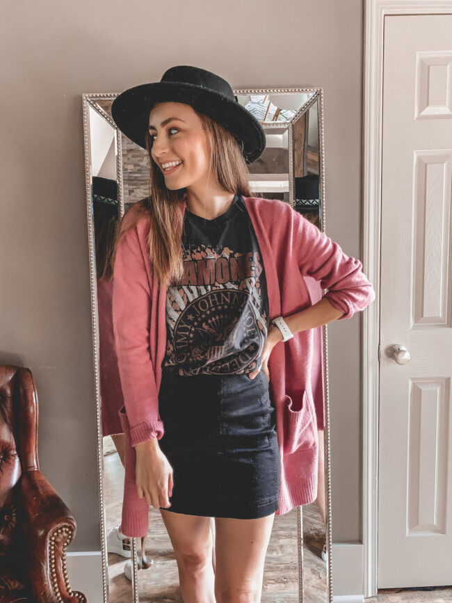 One graphic tee shirt styled three different ways | I love a good graphic tee outfit - here's a few ways to style a #graphictee | #graphicteeoutfit