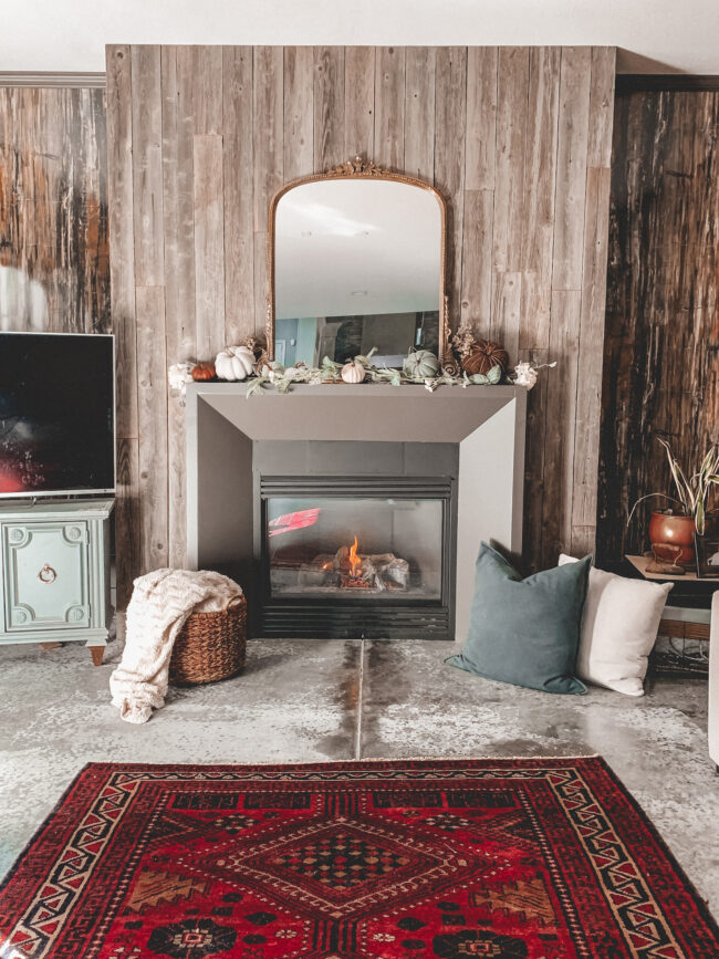 In this blog post I'm sharing fall decorating ideas - more specifically, a simple fall fireplace mantel you can put together in about five minutes!