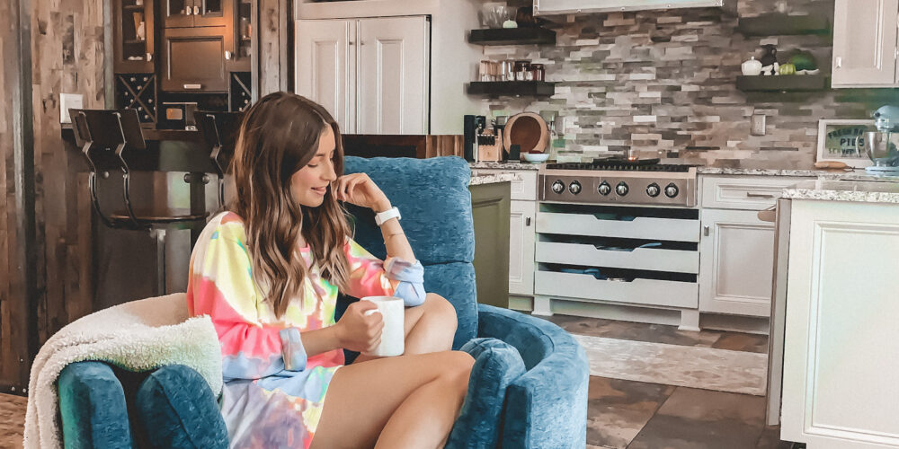 A roundup of the cutest lounge wear to make working from home (or just lounging!) even comfier! I'm all about lounge wear this year.The comfier, the better!