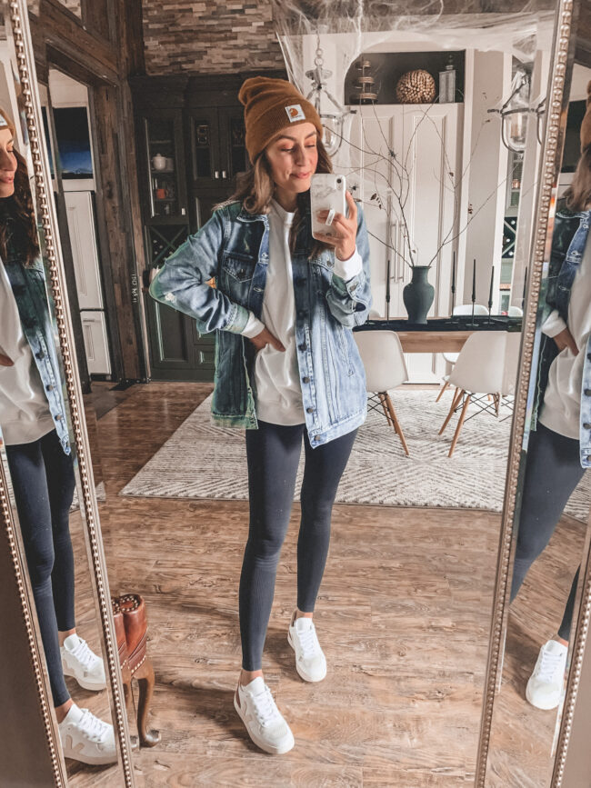 October outfits from American Eagle ! I stopped in to American Eagle the other day and grabbed just a couple fall things to try - sharing here today! #fall