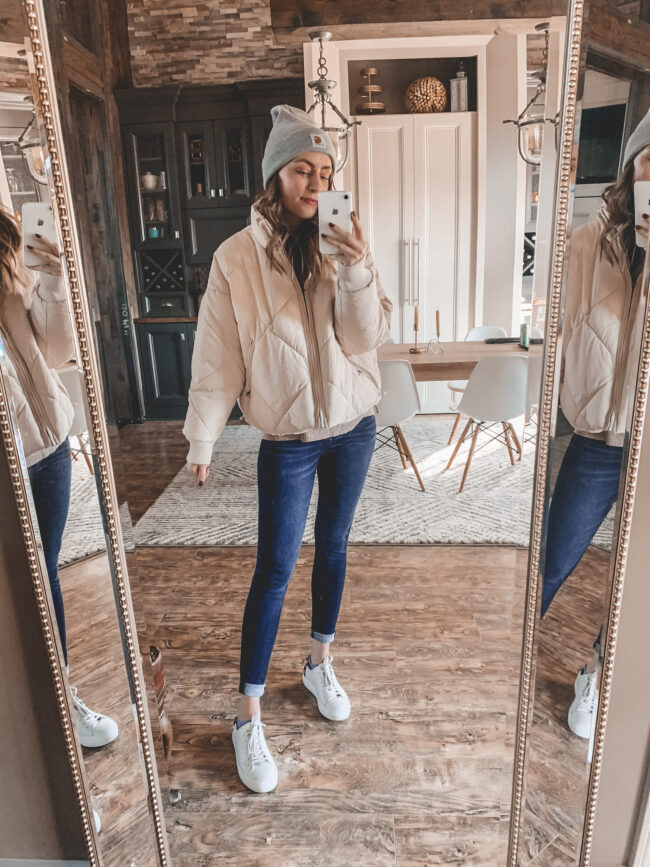 Casual fall and winter style from American Eagle. I can always count on AE to come through with some comfy, casual looks to keep me cozy during the colder months! | Kansas City life, home, and style blogger Megan Wilson shares some fall and winter style