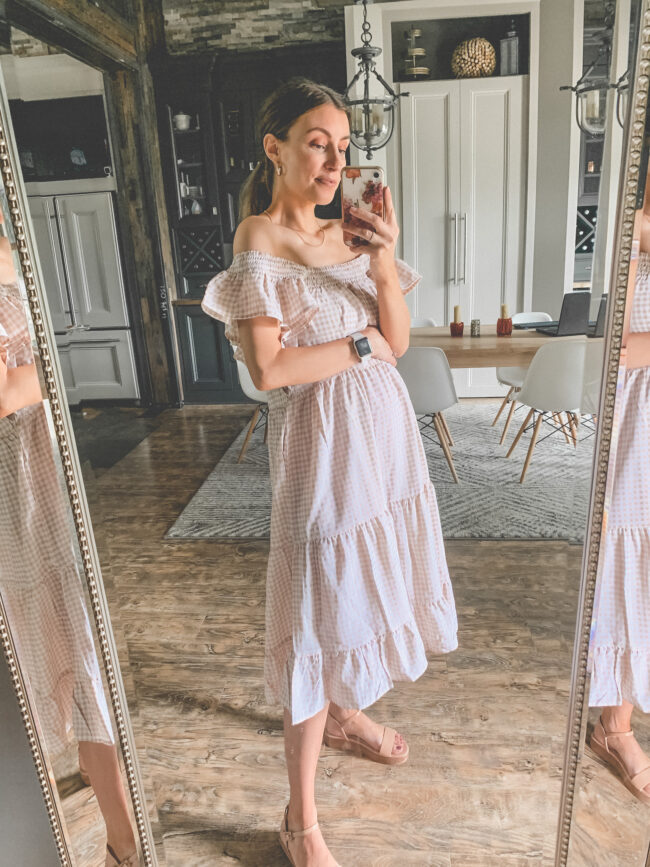 Gingham off-the-shoulder dress | Bump friendly outfits for summer that you can wear pregnant OR not! Easy, breezy maternity summer style for pregnancy and beyond